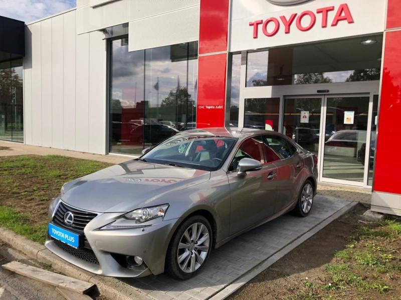Lexus IS 300h 4/5DOORS